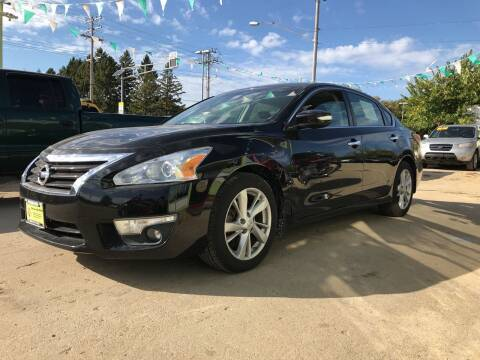 2015 Nissan Altima for sale at Super Trooper Motors in Madison WI