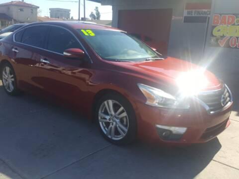 2013 Nissan Altima for sale at Sunday Car Company LLC in Phoenix AZ