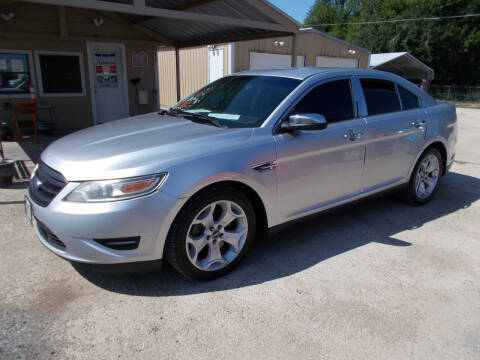 2011 Ford Taurus for sale at DISCOUNT AUTOS in Cibolo TX