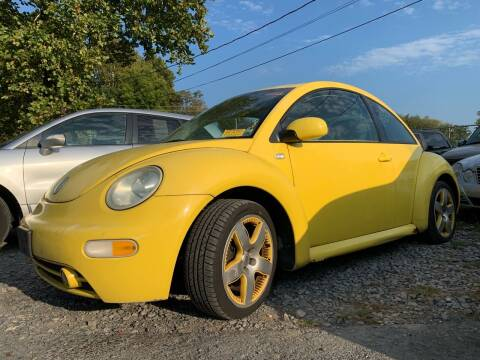 2002 Volkswagen New Beetle for sale at Auto Warehouse in Poughkeepsie NY