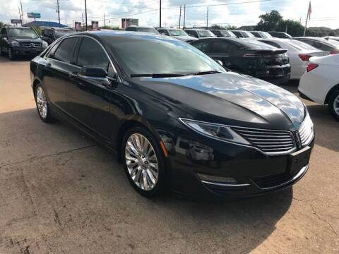 2015 Lincoln MKZ for sale at Discount Auto Company in Houston TX