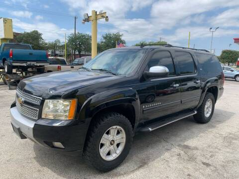 2007 Chevrolet Suburban for sale at Friendly Auto Sales in Pasadena TX