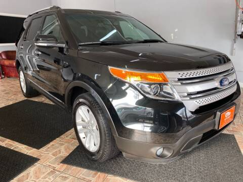 2013 Ford Explorer for sale at TOP SHELF AUTOMOTIVE in Newark NJ