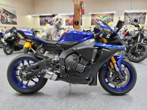 2019 Yamaha YZF-R1