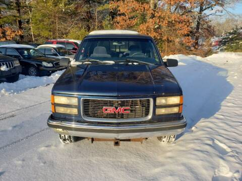 1998 GMC Sierra 3500 for sale at 1st Priority Autos in Middleborough MA