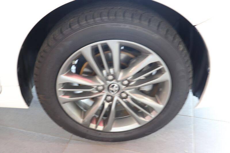 2017 Toyota Camry XLE 4dr Sedan - Springfield NJ