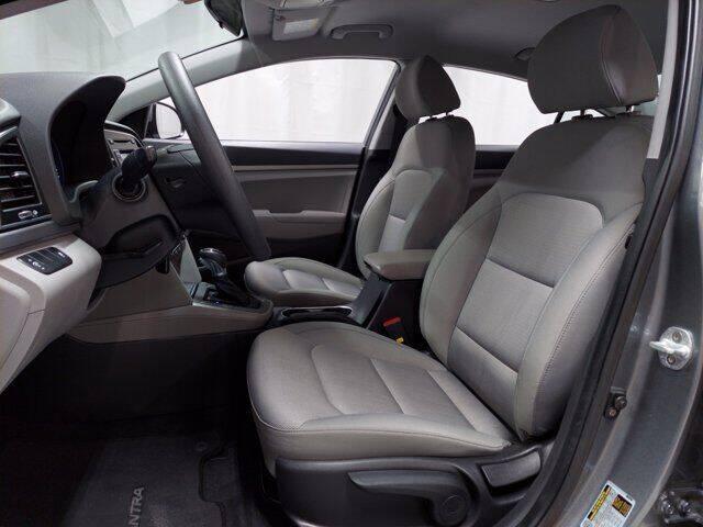 2017 Hyundai Elantra SE - Essington PA