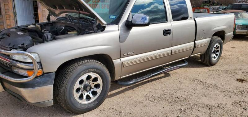 2000 Chevrolet Silverado 1500 LD for sale at CLASSIC MOTOR SPORTS in Winters TX