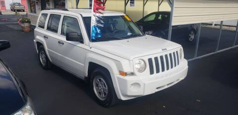2008 Jeep Patriot for sale at ANYTHING ON WHEELS INC in Deland FL