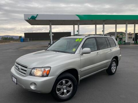 2005 Toyota Highlander for sale at Evolution Auto Sales LLC in Springville UT