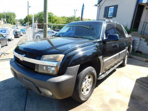 2003 Chevrolet Avalanche for sale at WOOD MOTOR COMPANY in Madison TN