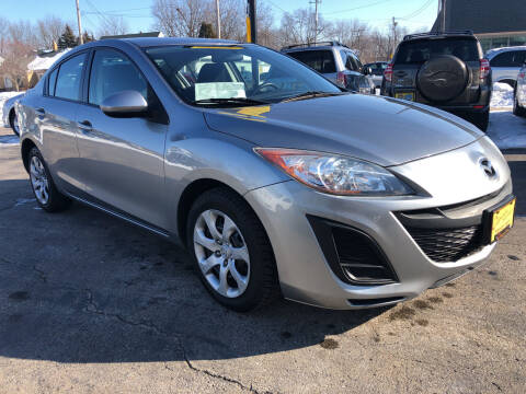 2010 Mazda MAZDA3 for sale at COMPTON MOTORS LLC in Sturtevant WI