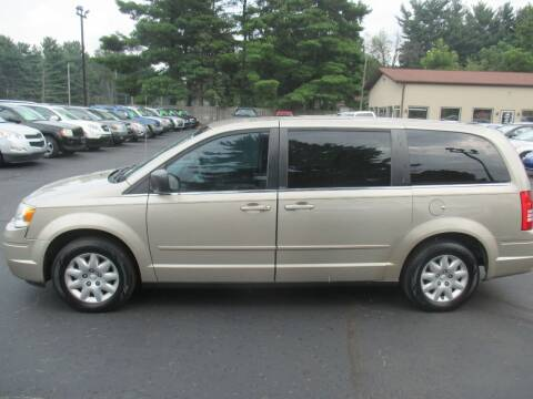 2009 Chrysler Town and Country for sale at Home Street Auto Sales in Mishawaka IN