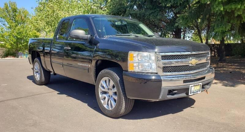 2009 Chevrolet Silverado 1500 for sale at VIking Auto Sales LLC in Salem OR