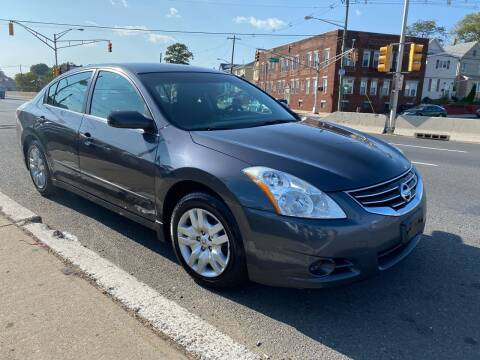 2010 Nissan Altima for sale at G1 AUTO SALES II in Elizabeth NJ