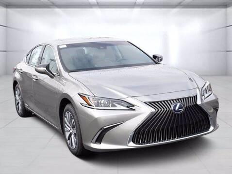 2021 Lexus ES 300h for sale at BOB ROHRMAN FORT WAYNE TOYOTA in Fort Wayne IN