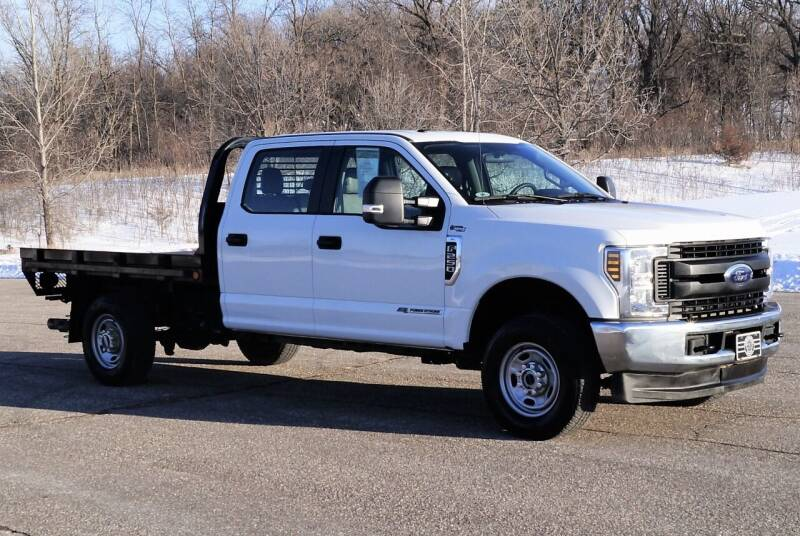 2019 Ford F-250 Super Duty for sale at KA Commercial Trucks, LLC in Dassel MN
