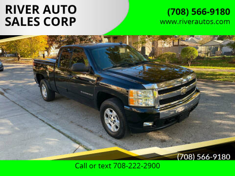 2008 Chevrolet Silverado 1500 for sale at RIVER AUTO SALES CORP in Maywood IL