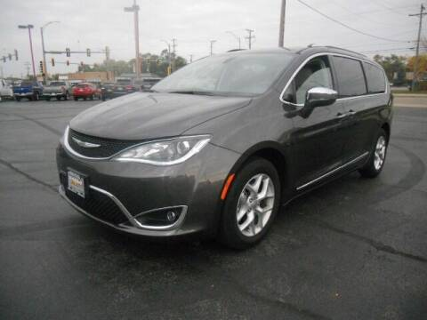 2020 Chrysler Pacifica for sale at Windsor Auto Sales in Loves Park IL