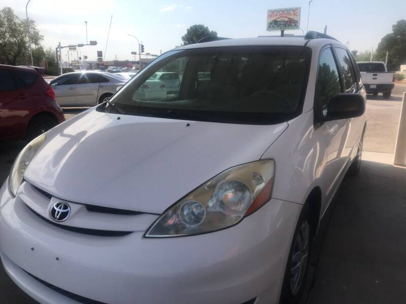 2007 Toyota Sienna for sale at Fiesta Motors Inc in Las Cruces NM