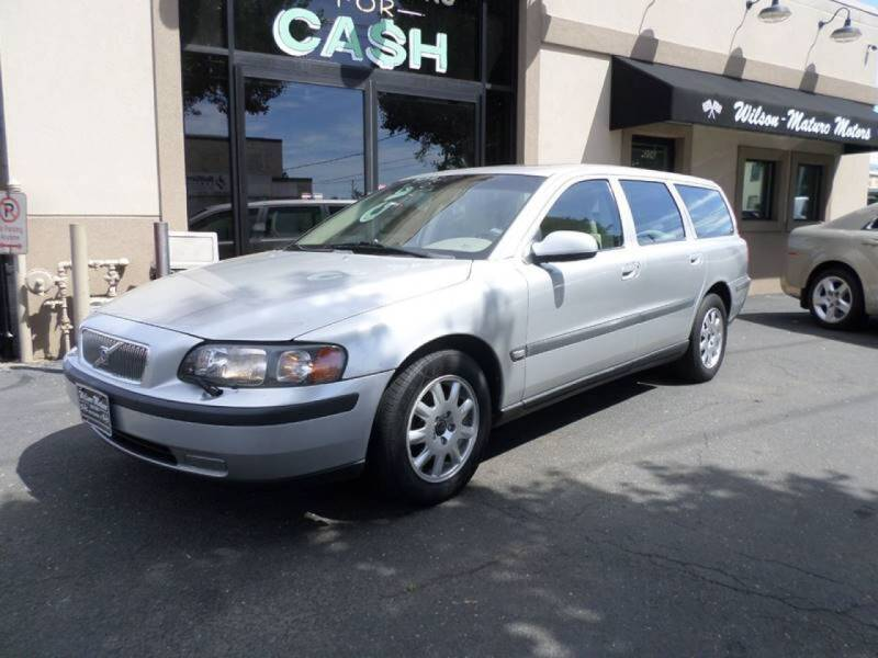 2002 Volvo V70 for sale at Wilson-Maturo Motors in New Haven CT