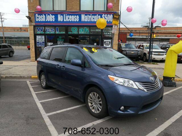 2016 Toyota Sienna for sale at West Oak in Chicago IL