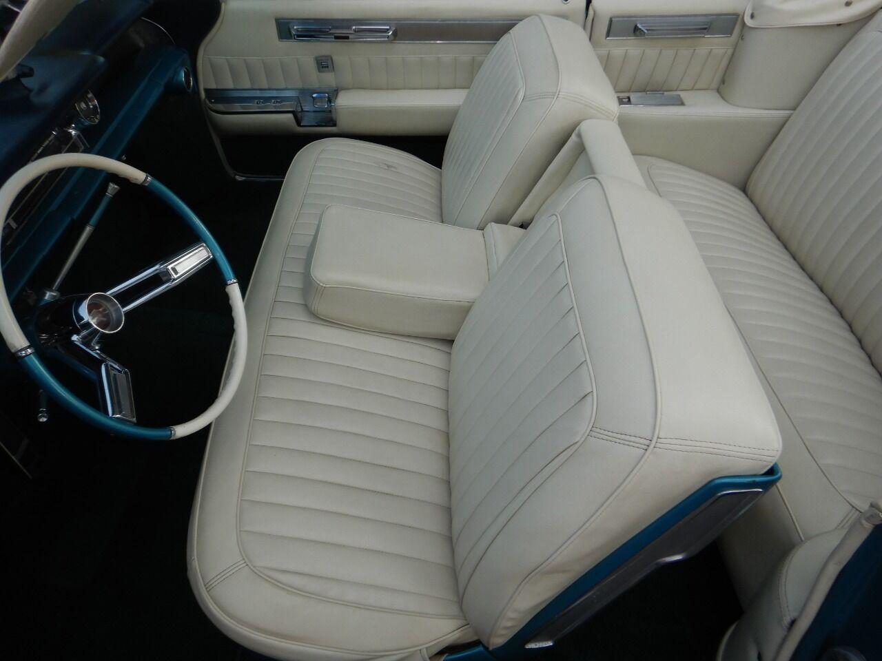 1961 Cadillac Eldorado Biarritz 54