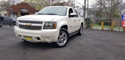 2010 Chevrolet Avalanche for sale at Elis Motors in Irvington NJ