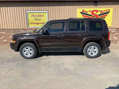 2014 Jeep Patriot for sale at BIG 'S' AUTO & TRACTOR SALES in Blanchard OK