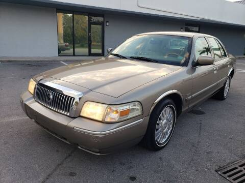 2006 Mercury Grand Marquis for sale at UNITED AUTO BROKERS in Hollywood FL