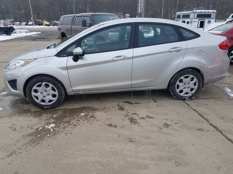 2012 Ford Fiesta for sale at J.R.'s Truck & Auto Sales, Inc. in Butler PA