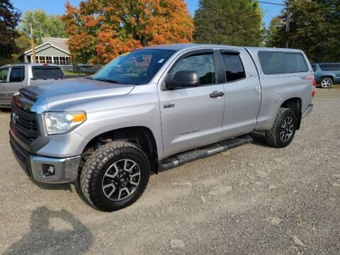 2015 Toyota Tundra for sale at B & B GARAGE LLC in Catskill NY