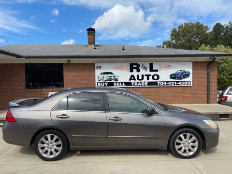 2006 Honda Accord for sale at R & L Autos in Salisbury NC