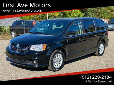 2018 Dodge Grand Caravan for sale at First Ave Motors in Shakopee MN