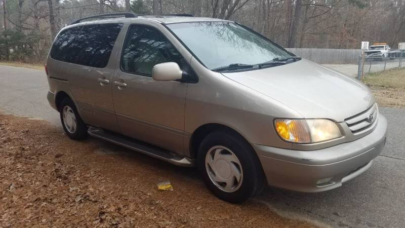 2002 Toyota Sienna for sale at Williams Auto Finders in Durham NC