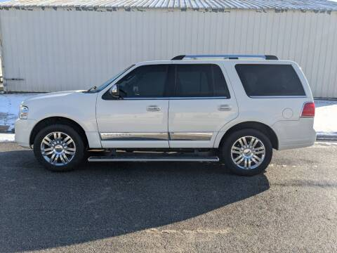 2008 Lincoln Navigator for sale at TNK Autos in Inman KS