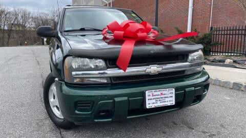 2002 Chevrolet TrailBlazer for sale at Speedway Motors in Paterson NJ