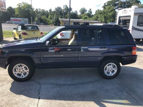 1998 Jeep Grand Cherokee for sale at Moye's Auto Sales Inc. in Leesburg FL