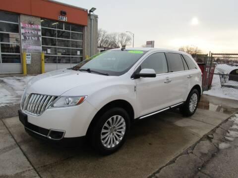 2013 Lincoln MKX for sale at RON'S AUTO SALES INC in Cicero IL