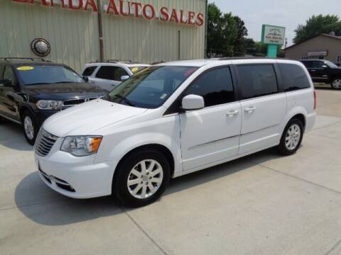 2016 Chrysler Town and Country for sale at De Anda Auto Sales in Storm Lake IA