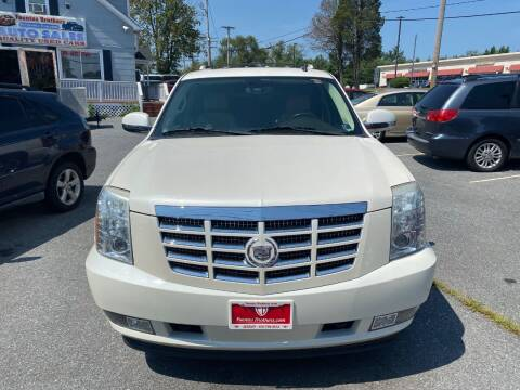2008 Cadillac Escalade for sale at Fuentes Brothers Auto Sales in Jessup MD