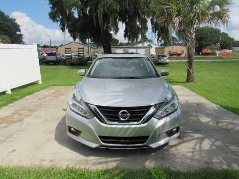 2017 Nissan Altima for sale at D & R Auto Brokers in Ridgeland SC