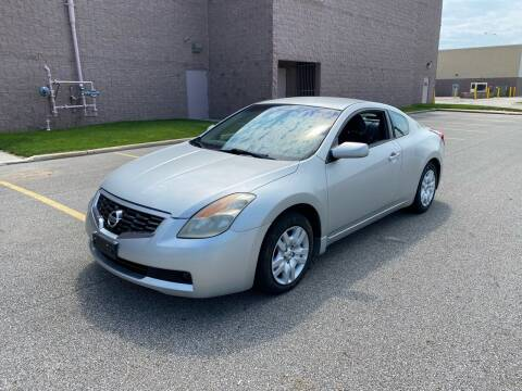 2009 Nissan Altima for sale at JE Autoworks LLC in Willoughby OH
