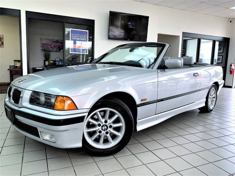 1999 BMW 3 Series for sale at SAINT CHARLES MOTORCARS in Saint Charles IL
