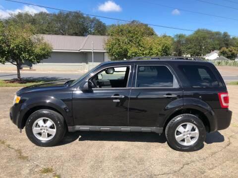 2011 Ford Escape for sale at Diana Rico LLC in Dalton GA