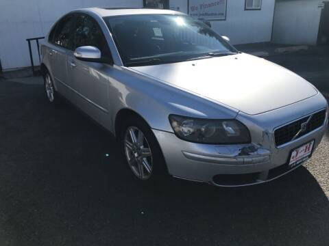 2007 Volvo S40 for sale at J and H Auto Sales in Union Gap WA