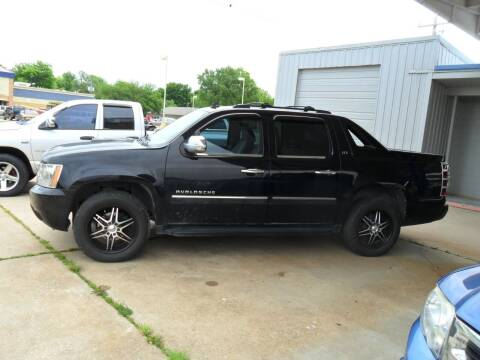 2008 Chevrolet Avalanche for sale at C MOORE CARS in Grove OK