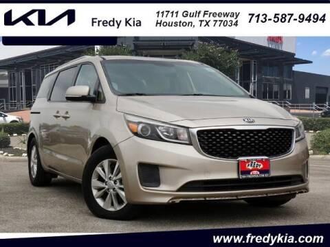 2015 Kia Sedona for sale at FREDY USED CAR SALES in Houston TX