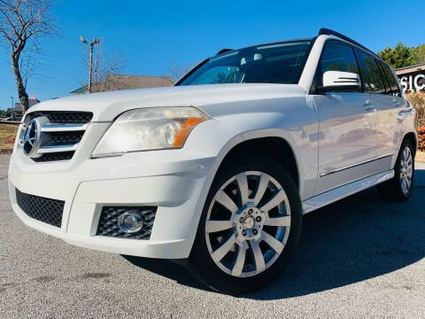 2010 Mercedes-Benz GLK for sale at Classic Luxury Motors in Buford GA