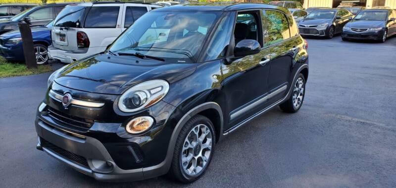 2014 FIAT 500L for sale at GEORGIA AUTO DEALER, LLC in Buford GA